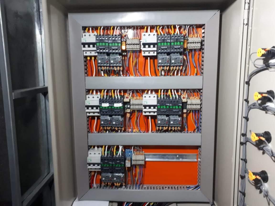 Painéis de comando equipamentos de climatização